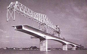 le pont d'Oléron en construction