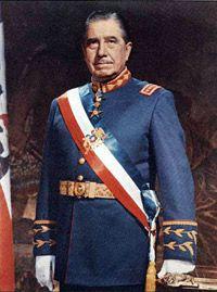 Portraits archives/ Augusto Pinochet