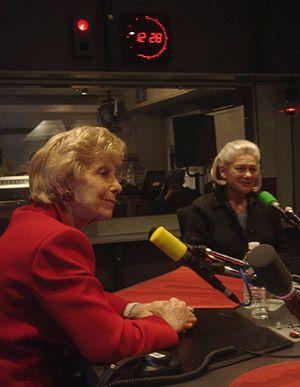 Hélène Carrère d'Encausse, Elisabeth Badinter