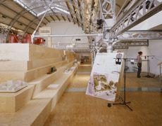 * Vue de l'exposition à l'Arsenal à Paris