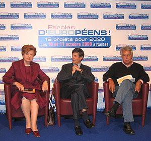 Vaira Vike-Freiberga, Jean-Pierre Jouyet et Felipe Gonzalez