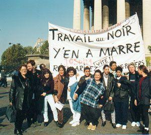 Paris, 1999 : sans-papières contre le travail au noir