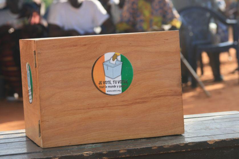 Urne en Côte-d'Ivoire