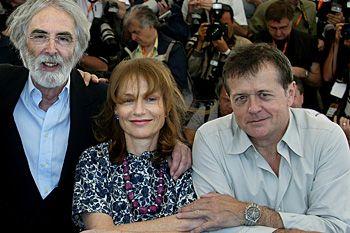Mai 2003, le réalisateur Michael Haneke, les comédiens Isabelle Huppert et Patrice Chéreau venus présenter « Le temps du Loup »