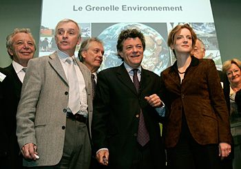 Jean-Louis Borloo, ministre de l'Ecologie et Nathalie Kosciusko-Morizet, secrétaire d'Etat pendant la présentation du Grenelle E