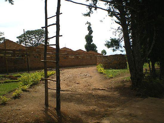 L'école de Kanyinya, où se sont déroulés des massacres