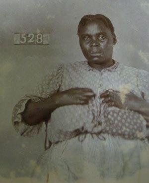 Robben Island - Portrait d'Esther Johns, n°528 dans le registre des lépreux de Robben Island