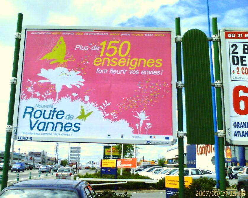 Route de Vannes (Nantes), urbanisation linéaire et urbanités commerciales