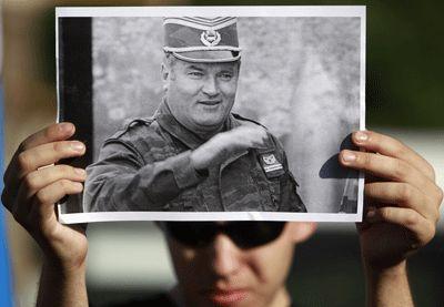 Manifestation contre l'arrestation de Ratko Mladic