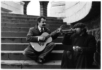 George brassens et Pierre Brasseur dans le film Porte des Lilas