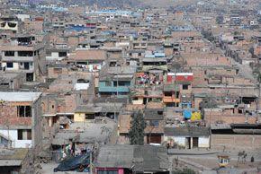 Bidonville de Lima au Pérou