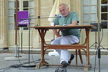 André Wilms, à la lecture.