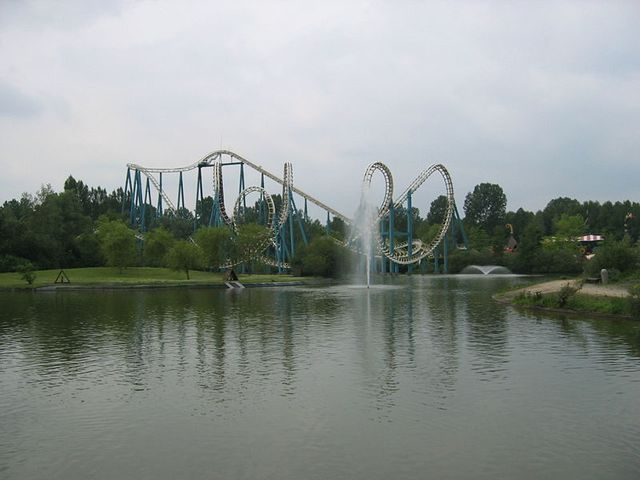 La grand huit (Parc Asterix - Paris)