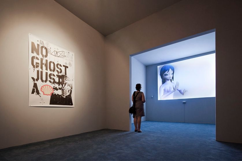 Affiche: M/M (Paris), No Ghost Just A Shell, 2000 ; Pierre Huyghe, Two Minutes Out of Time, 2000