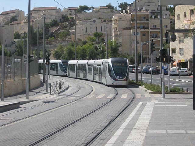 tram 1B