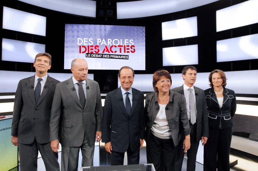 Les 6 candidats à la primaire socialiste, lors de leur 1er débat, le 15 septembre 2011