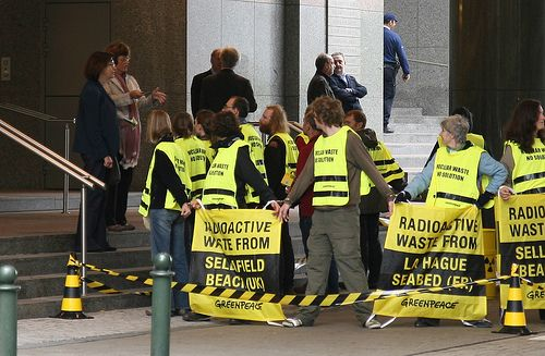 Greenpeace devant le Parlement européen