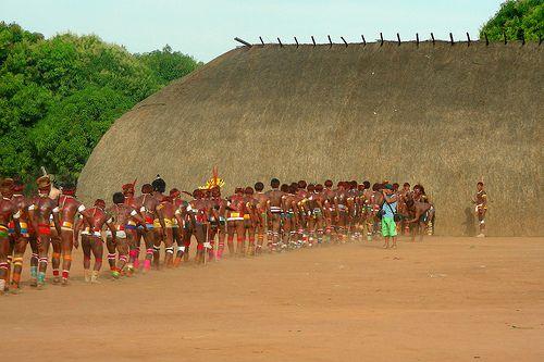 Indiens d'Amazonie en marche