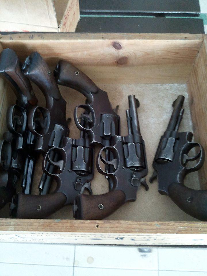 Tunisie : les vieux Smith & Wesson de la police
