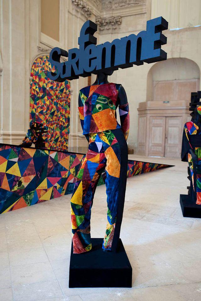 """ORLAN Corps-sculpture """"Surfemme"""", 2011"""