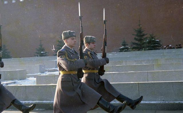 Soldats sur la Place Rouge