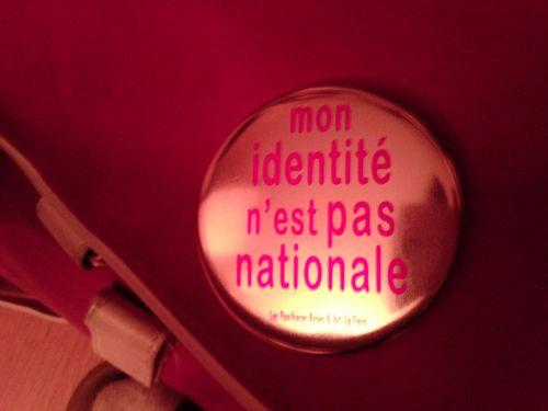 Mon identité n'est pas nationale