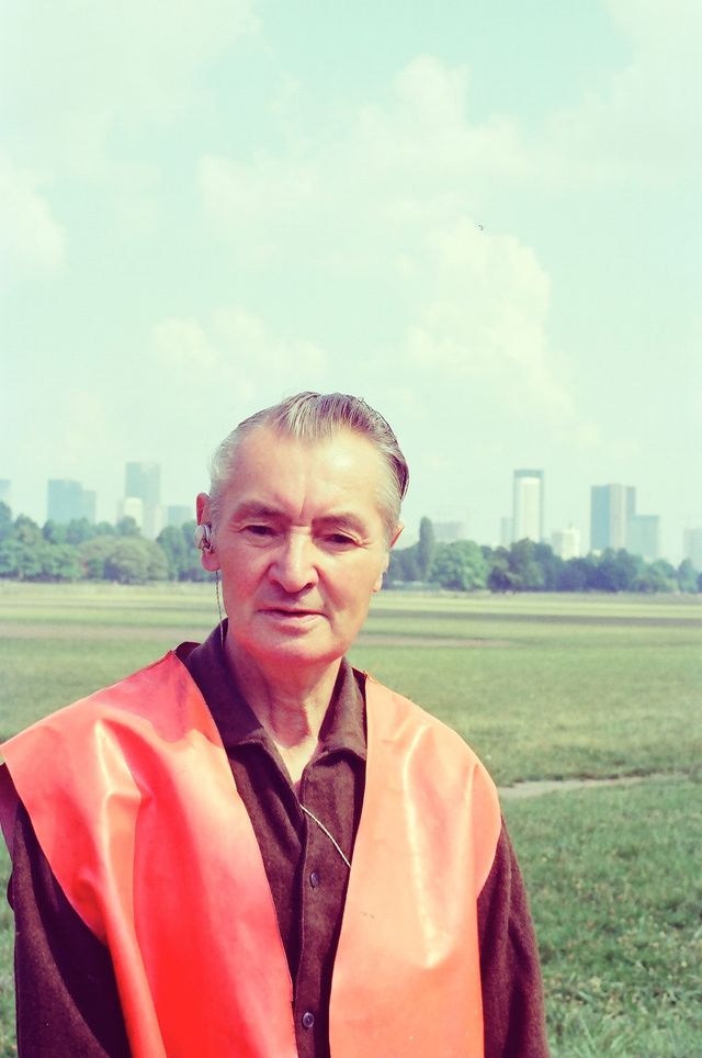 Marcel Storr devant la Défense
