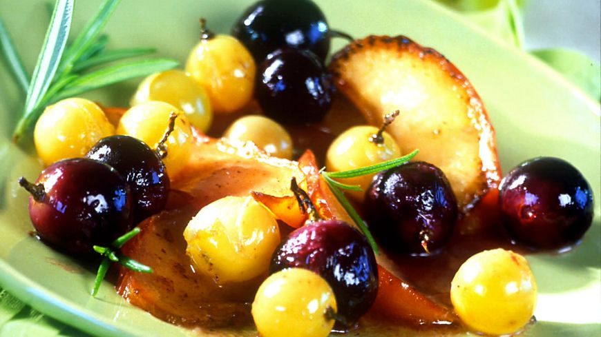 recette-1094-Poêlée de raisins au miel et au romarin