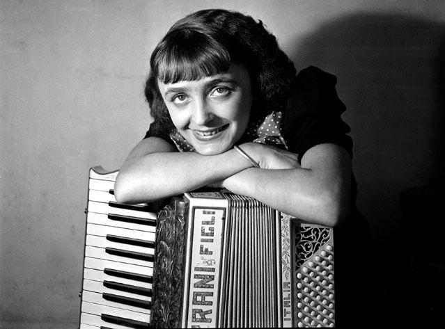 Edith Piaf en 1936