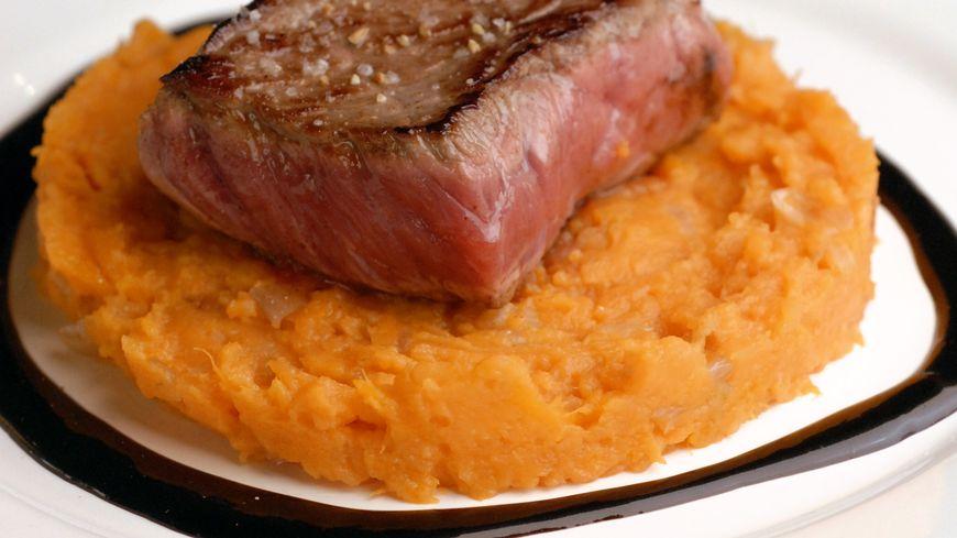 recette-5543-Pavé de boeuf et patates douces, sauce chocolat pimentée