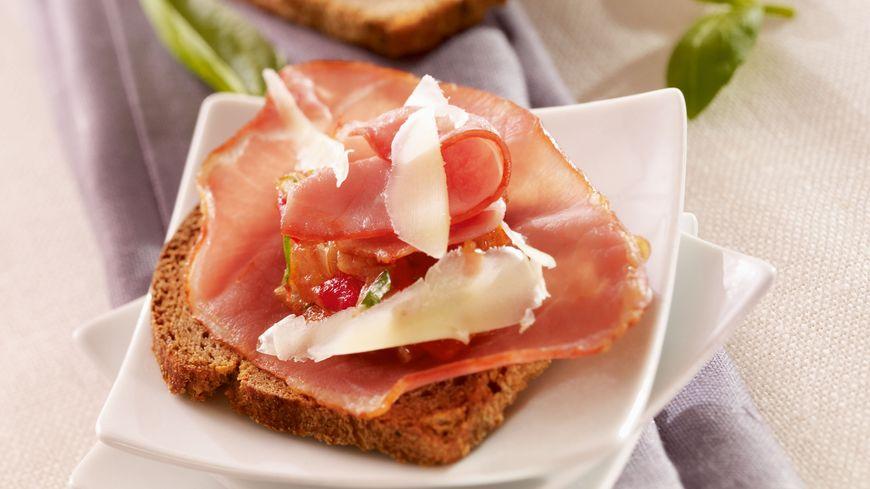 recette-6020-Tapas de bacon tomates et cantal