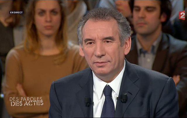 François Bayrou sur le plateau de France 2