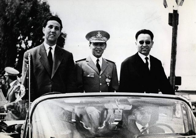 Ahmed Ben Bella reçu à Rabat par le roi Hassan II du Maroc le 28 mars 1962