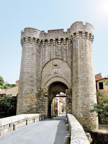 La Porte St.Jacques emblème de Parthenay