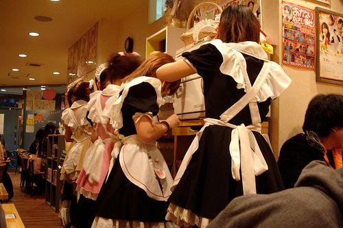 Maids asiatiques