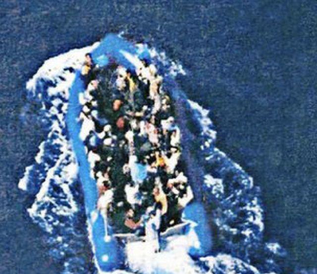 L'embarcation photographié le premier jours
