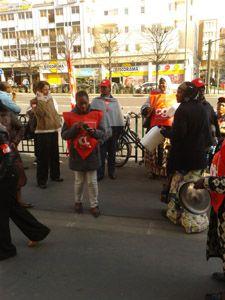 Grève devant les hotels Campanile et Première Classe