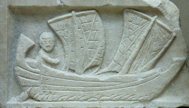 Marin dans une corbita. Relief en marbre découvert à Carthage - vers 200 ap. J.-C.