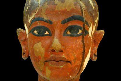 Tête de Toutânkhamon enfant (Le Caire)