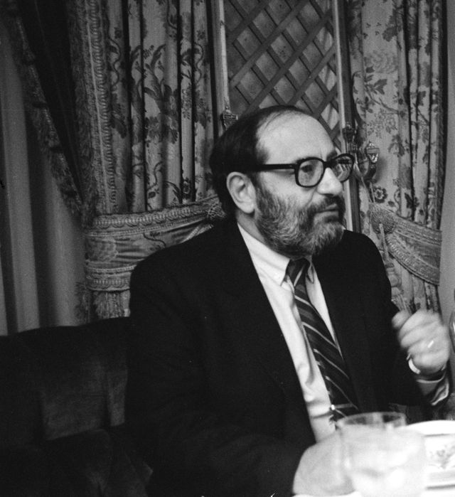 Umberto Eco au Ritz à Paris en 1980