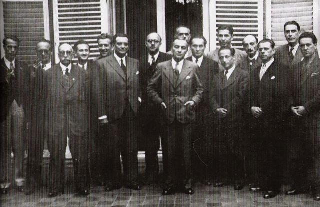 Les représentants du Comité national de la Résistance réunis sous la présidence de Georges Bidault le 10 mai 1944