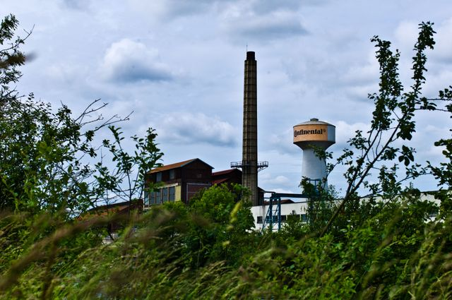 """L'usine Continental, aujourd'hui """"abandonnée"""""""