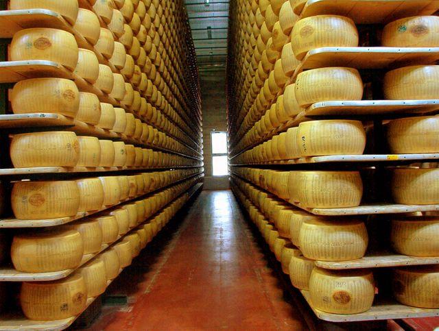 Le Parmesan Reggiano , Modena
