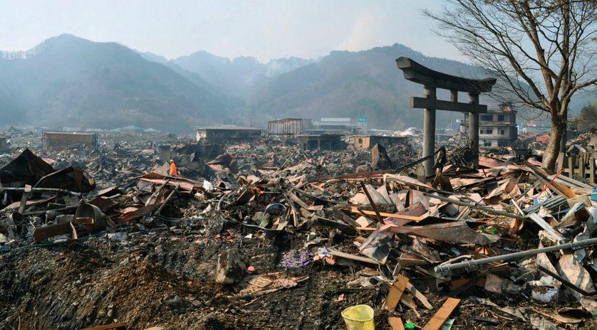 Paysage dévasté du village Otsuchi