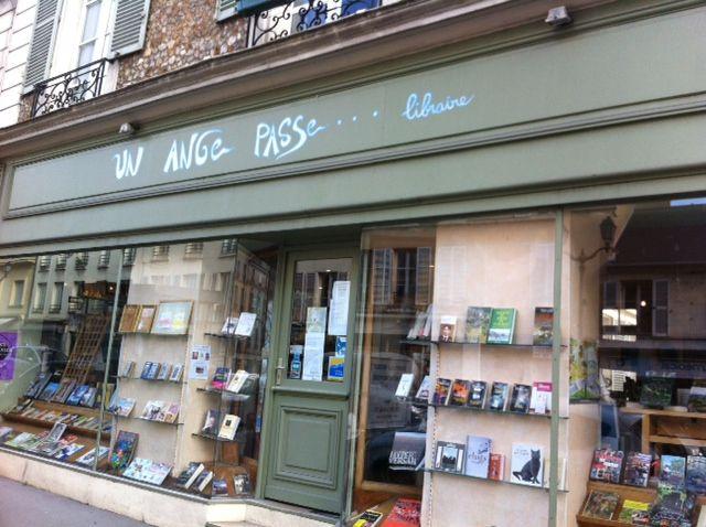 la librairie un ange passe à Versailles