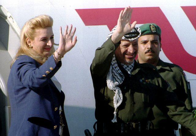 Souha et Yasser Arafat en 1994