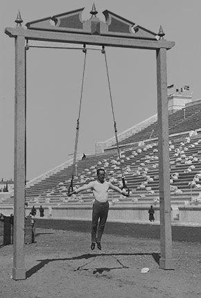 Le gymnaste Hermann Weingärtner aux Jeux Olympiques d'Athènes en 1896