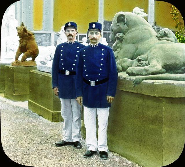 Policiers à Paris en 1900 lors de l'Exposition Universelle