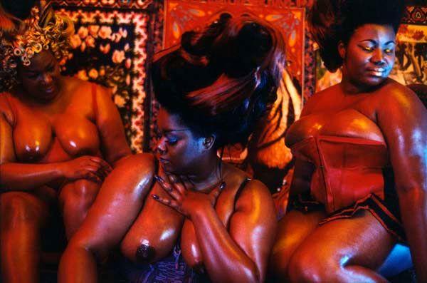Les trois grâces au delà du miroir - Paris - 1998
