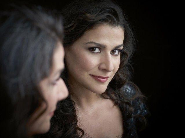 Cecilia Bartoli, mezzo-soprano